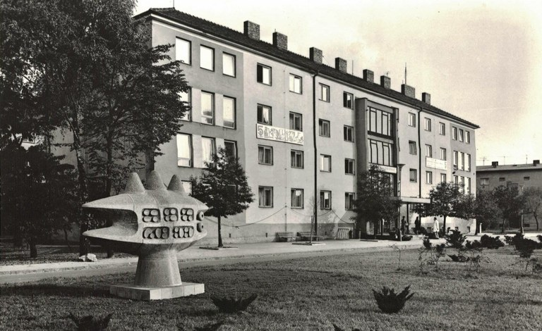 50. výročí radnice — Čeština