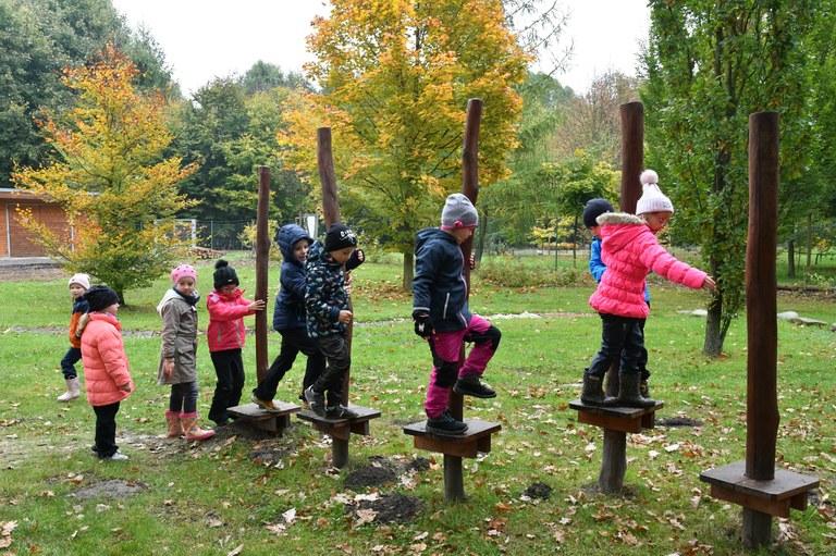 České a polské děti poslouchaly šumění lesa