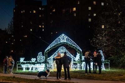 Dnes si můžete naposled užít vánoční výzdobu obvodu