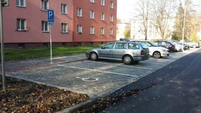Dostavěno je další parkoviště v Zábřehu
