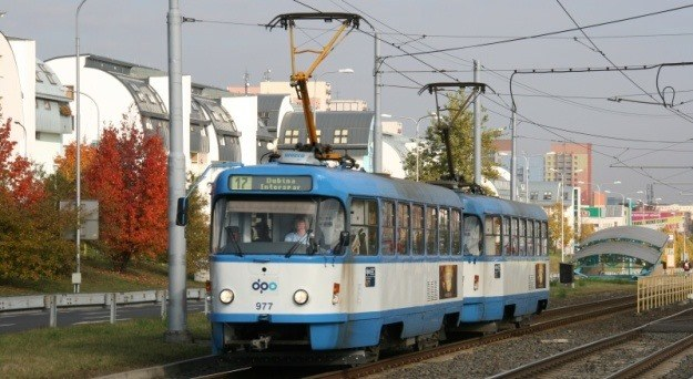 DPO posiluje linky 17 a 62