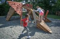 Hřiště pro děti a pejsky už slouží, další návrhy  se podávají do konce června