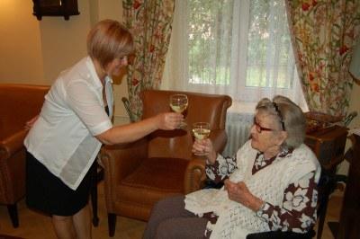 Návštěva jubilantky v Domově Čujkovova