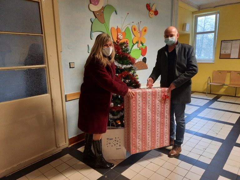 Radnice nadělovala v Dětském centru Domeček