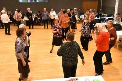 Senioři oslavili svůj den v Kulturním domě K-TRIO