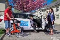 Seniorům z Jihu slouží už tři vozy Senior expresu