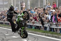 Sprinty motorkářů bavily v Hrabůvce tisíce lidí