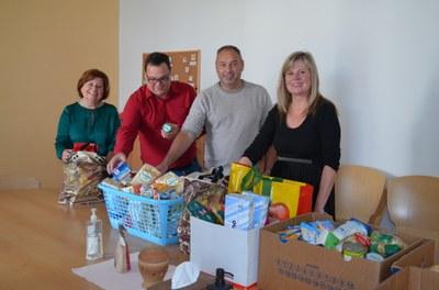Zaměstnanci úřadu se zapojili do potravinové sbírky