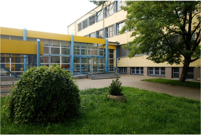 ZŠ a MŠ Březinova se otevírá pro děti rodičů v první linii