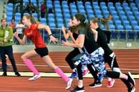 Atletické závody žáků z Jihu navštívila i Taťána Netoličková