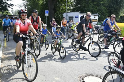 Léto na kole 2018 si užilo téměř tři sta účastníků, kol i koloběžek
