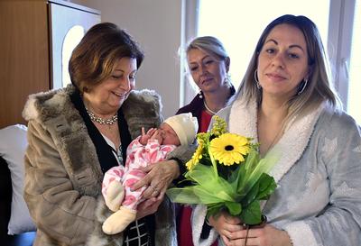 Prvním letošním dítětem Ostravy-Jihu je holčička Ella!