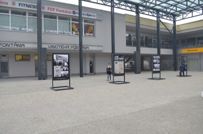 Sametová výstava na náměstí Ostrava-Jih